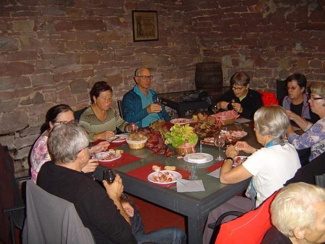 Goûter dans un caveau de viticulteur à Marlenheim