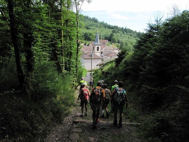 Descente au village Pierre Percée