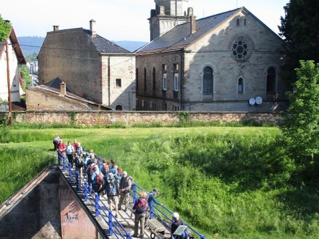 Traversée du canal Marne au Rhin à Saverne
