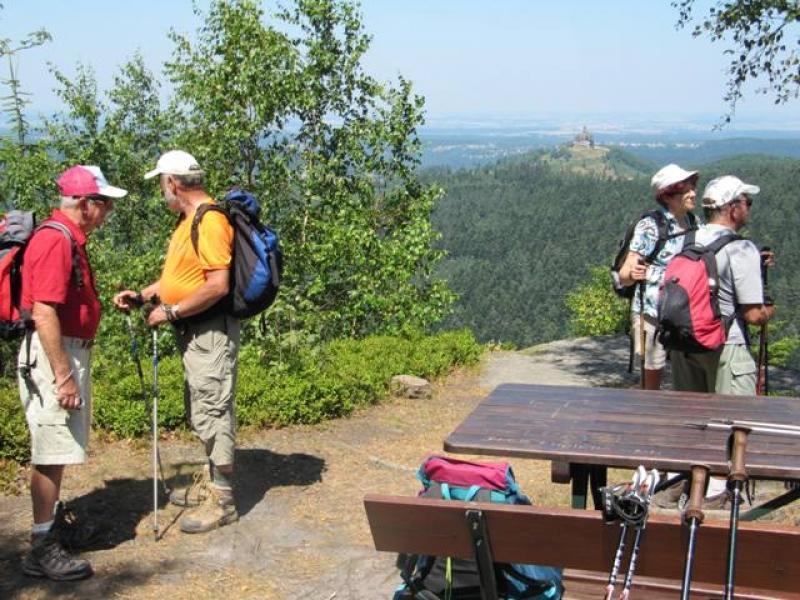 Au backofenfelsen et vue sur le Rocher de Dabo