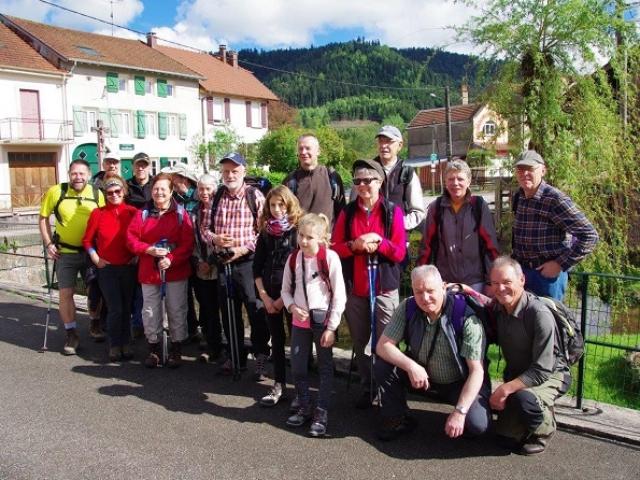 Le groupe au départ à Weixaincourt