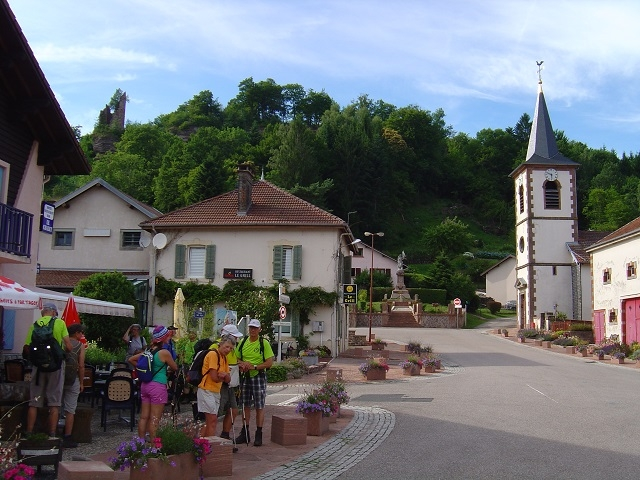 Village Pierre Percée