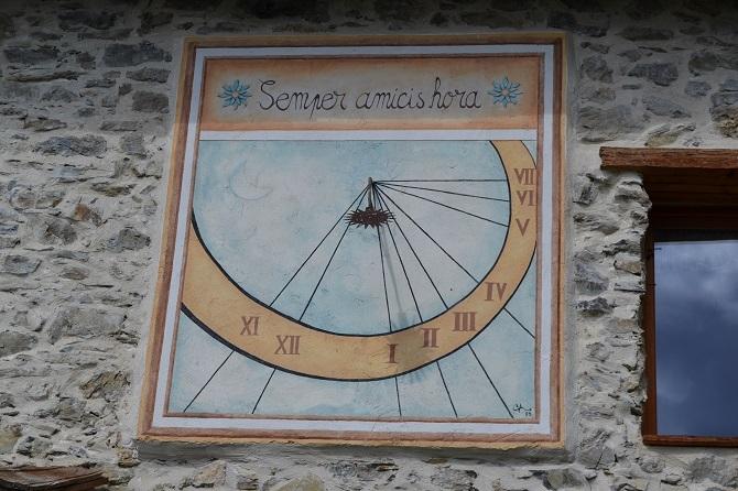 Cadran solaire à Roméyère